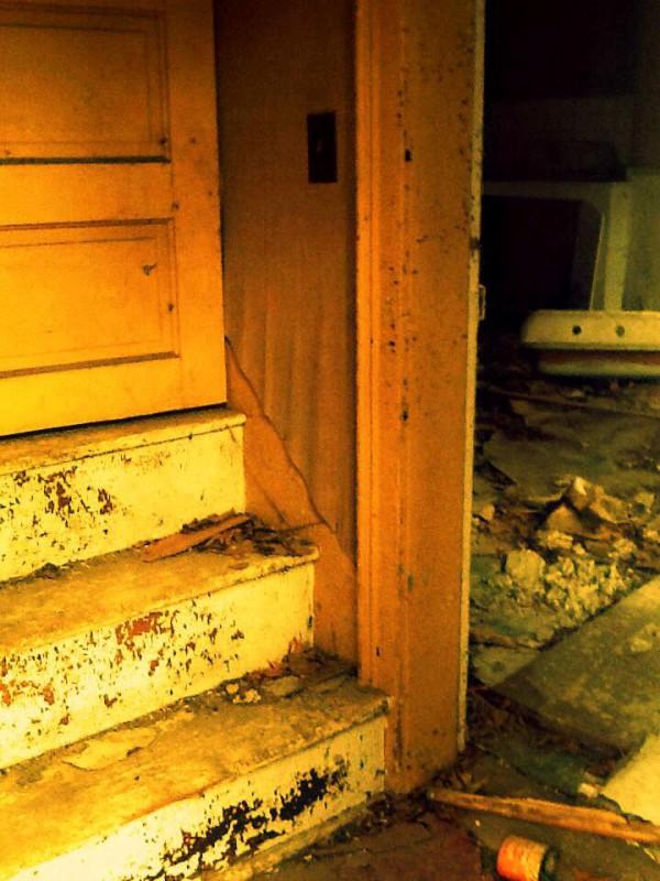 Farmhouse Yellow Stairs1 pic monkey