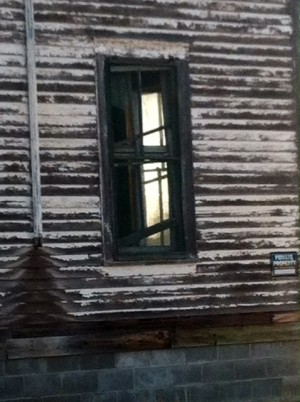Old School Kearney Window12
