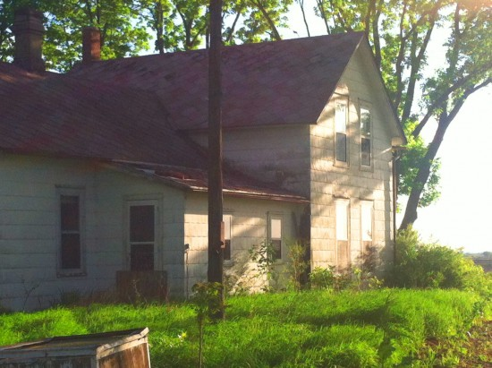 Abandoned Farmhouse -5-15 2.jpg PS