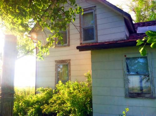 Abandoned Farmhouse -5-15 8.jpg PS